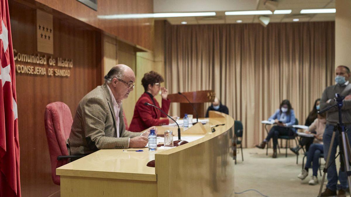 El viceconsejero de Salud Pública y Plan Covid-19 de la Comunidad de Madrid, Antonio Zapatero, y la directora general de Salud Pública, Elena Andradas