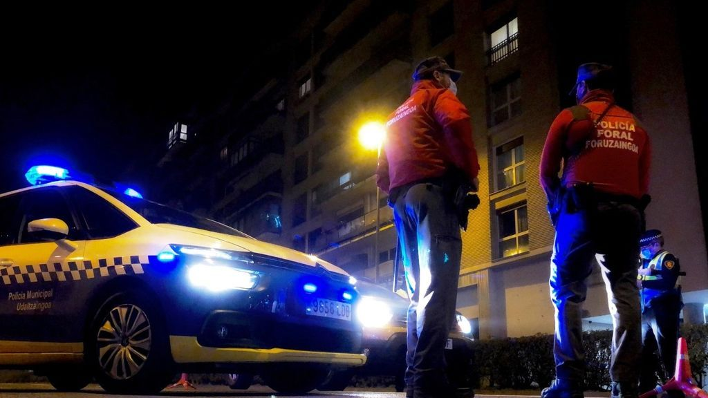 Seis heridos tras un episodio de maltrato familiar con un incendio en Pamplona