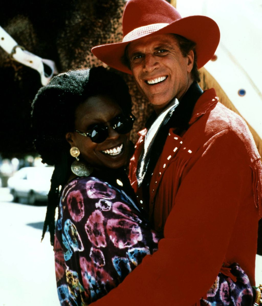 Whoopi Goldberg con Ted Danson, en 'Made in America' (1993)