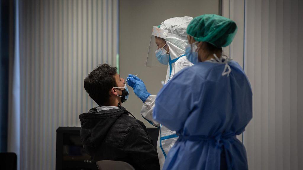 Repunte de contagios en Andalucía que supera los 1.400 casos y las 32 muertes en 24 horas