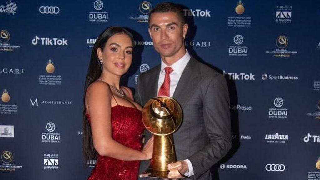 Georgina, protagonista de los Globe Soccer Awards: de su vestido de lentejuelas a la declaración de amor de Cristiano