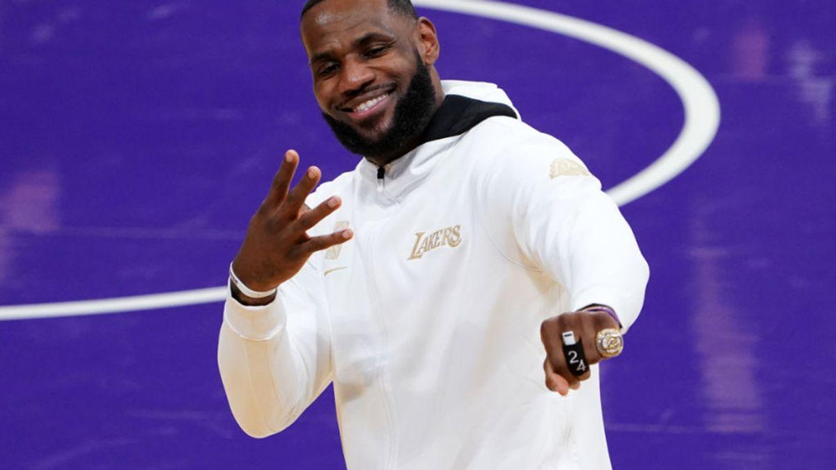 """LeBron James brinda su última victoria de Los Angeles Lakers con un Vega Sicilia de Valladolid: """"Si sabes, sabes"""""""