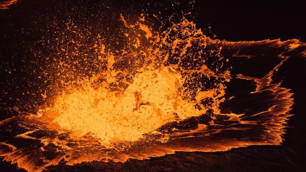 Se crea un lago de lava de 21 millones de m3 tras la erupción de un volcán en Hawái