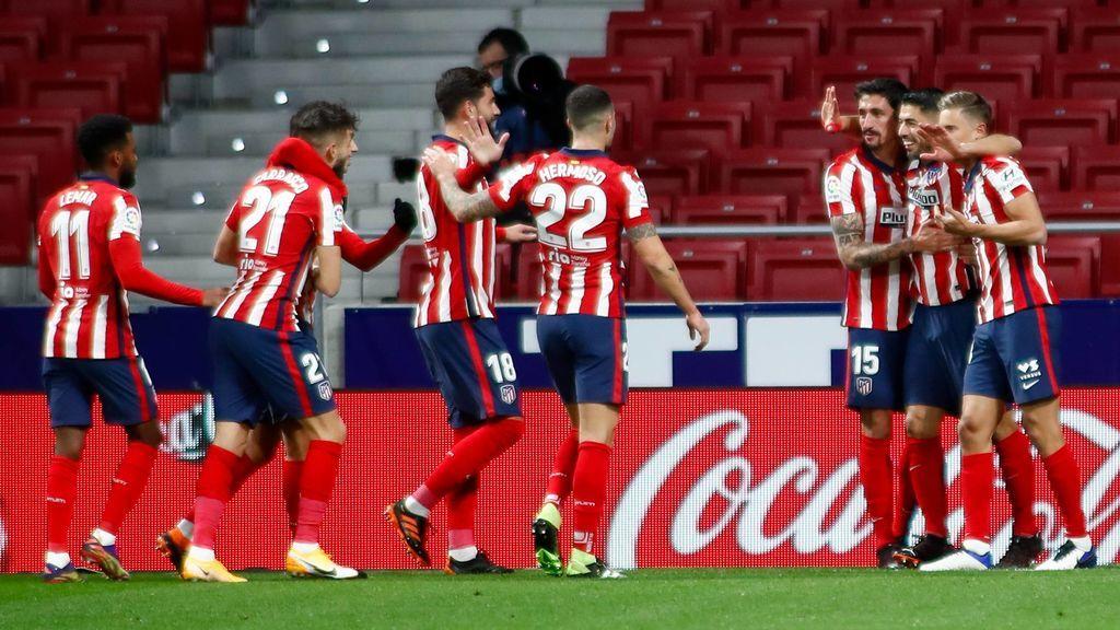 Luis Suárez marcó de cabeza en la primera parte.