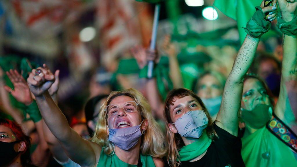 Argentina legaliza el aborto libre antes de la semana 14 de gestación