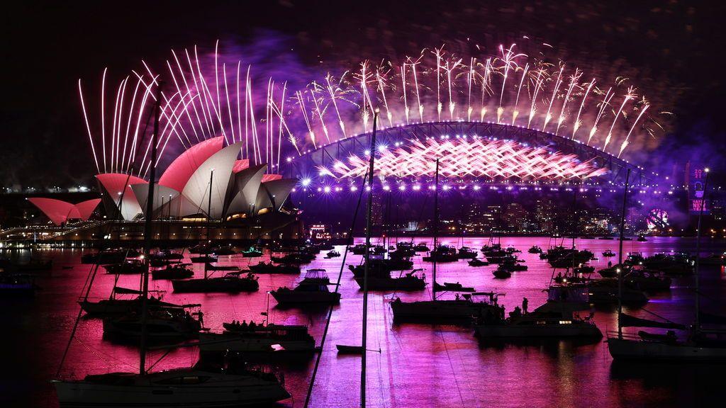 Australia y Nueva Zelanda entran en 2021 con fuegos artificiales