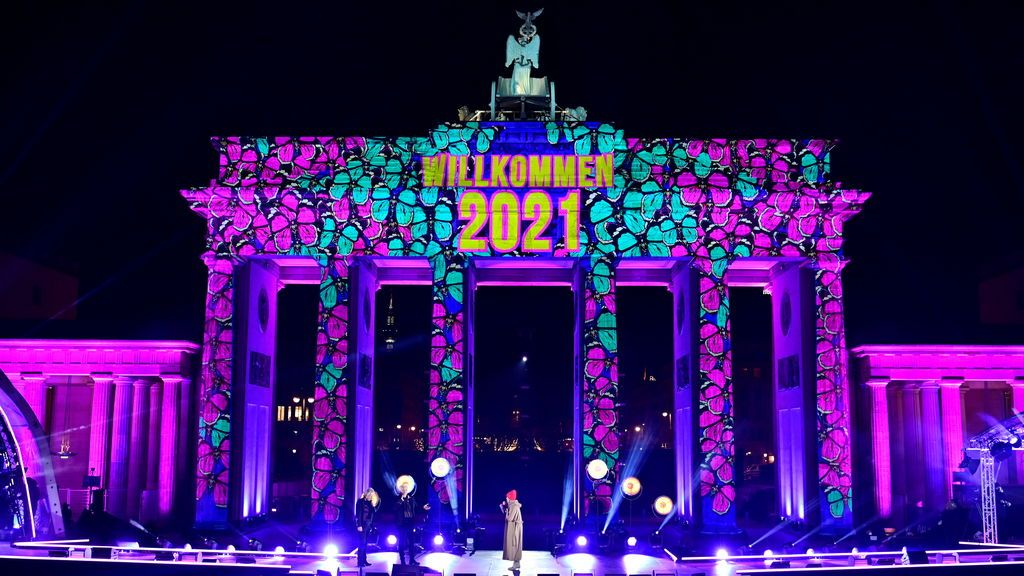 Puerta de Brandenburgo, Berlín, iluminada