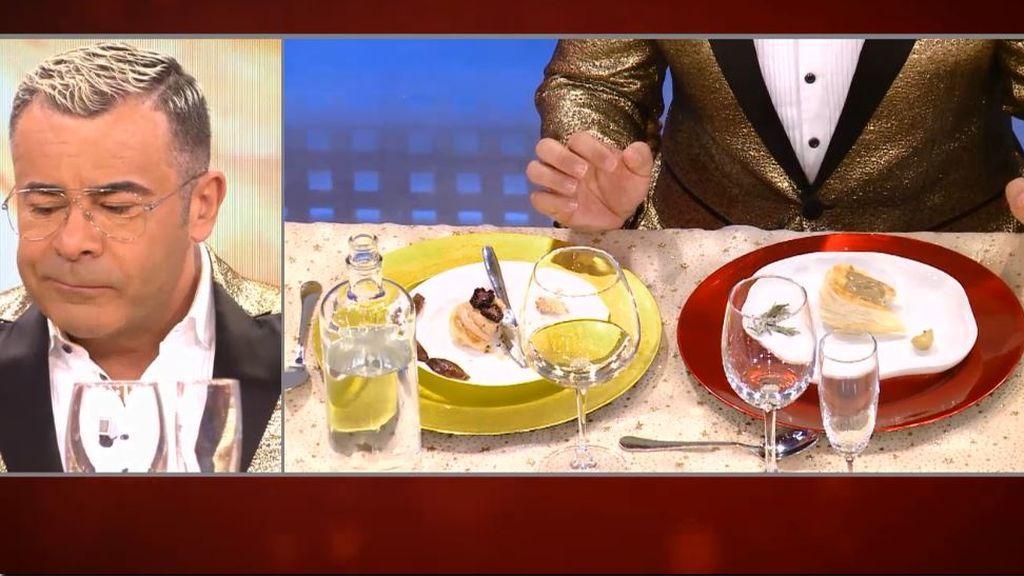 Duelo de hojaldres en 'La última cena' por ver cuáles son los más comestibles: a los comensales se les atragantan