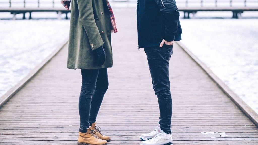 Dos personas que empiezan a conocerse