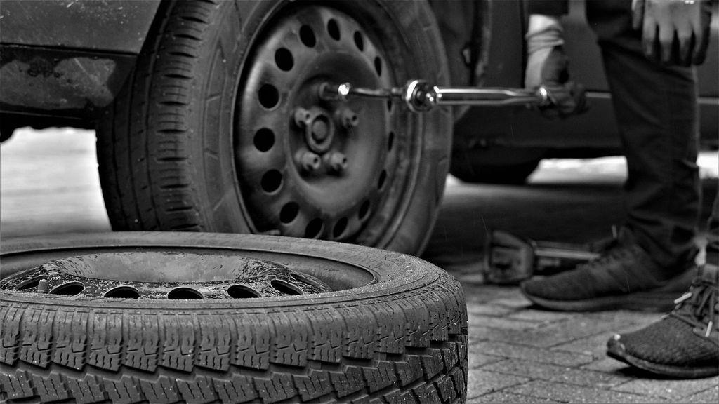 ¿Cómo comprobar que tus neumáticos están gastados?