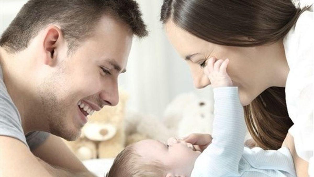 El permiso de paternidad se iguala al de maternidad en 2021: 16 semanas, ¿iguales?