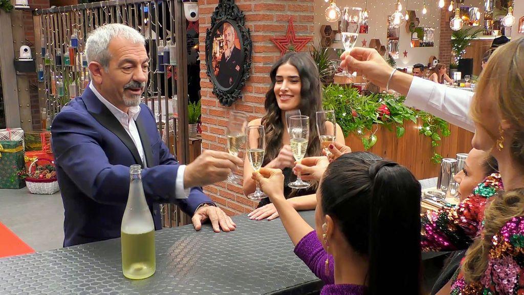 First Dates Temporada 4 Programa 1156  First Dates Christmas 7 Especial Nochevieja