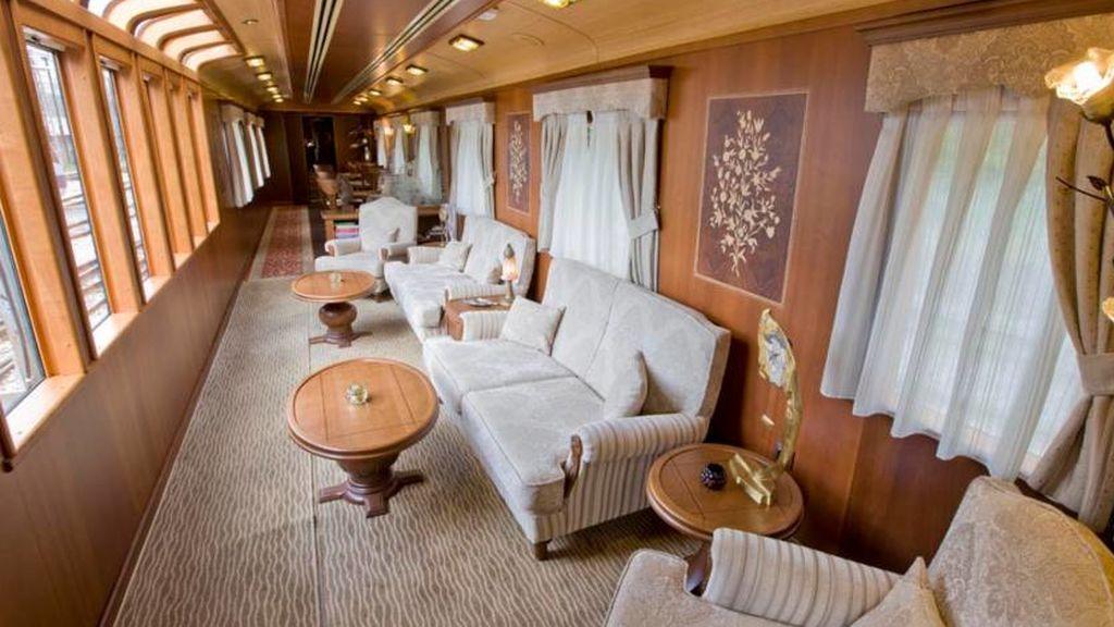 Transcantábrico: el tren hotel de lujo que te llevará a recorrer uno de los parajes más bellos de España
