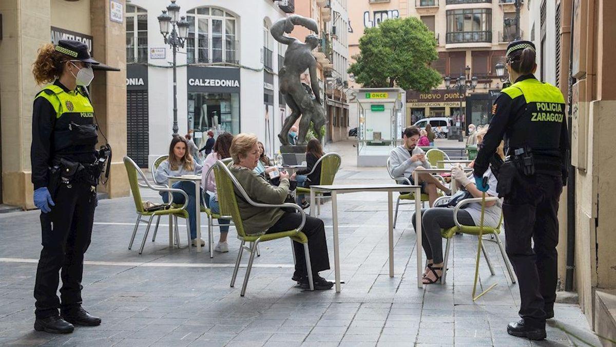 Aragón reduce aforos en hostelería y adelanta el cierre del comercio tras triplicar los contagios en una semana