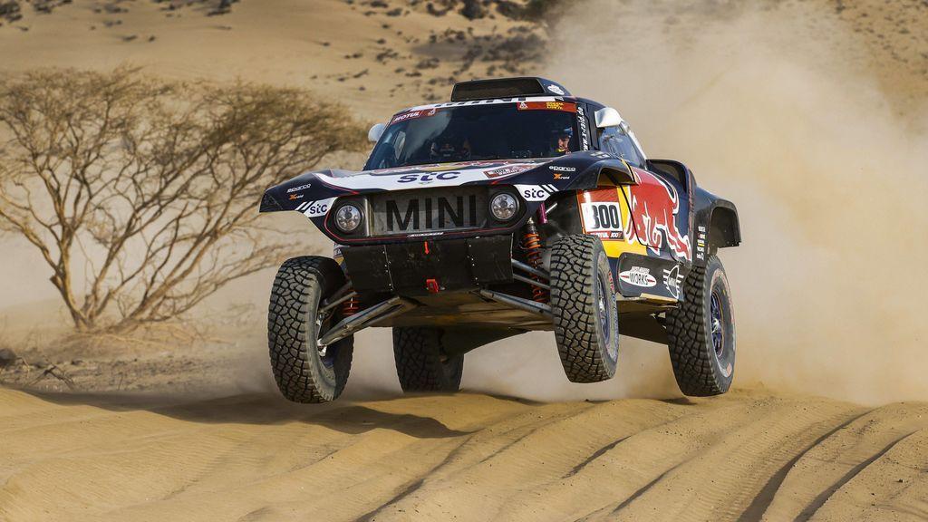 Carlos Sainz se lleva la primera etapa del Dakar y se pone líder