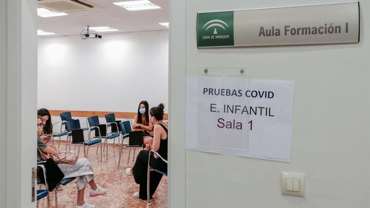 Andalucía realizará esta semana 140.000 test a profesionales de la educación para la vuelta a clase