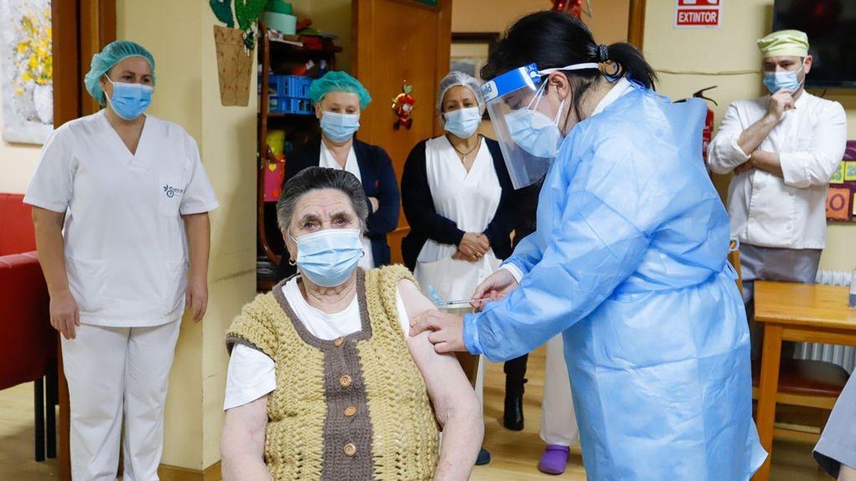 Los retrasos en la vacunación se unen al aumento preocupante de los contagios