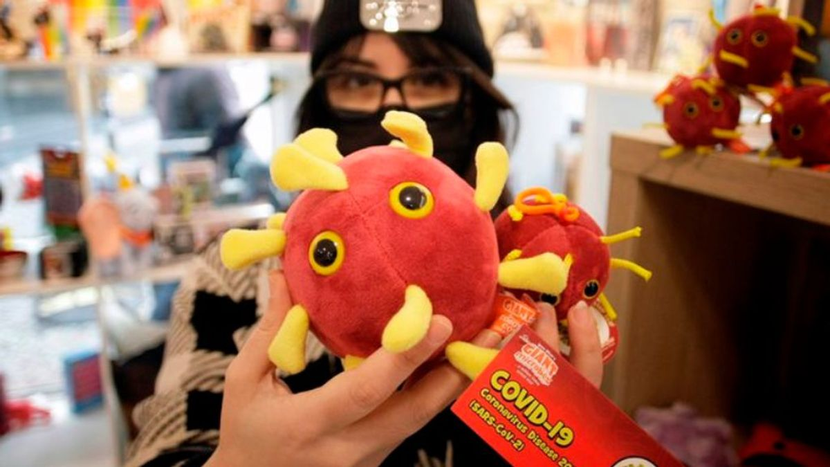 En España el coronavirus se compra y es un peluche solidario