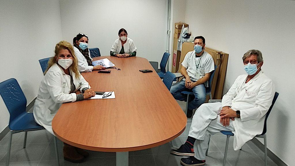 Los sindicatos sanitarios reunidos hoy en el hospital de La Línea de la Concepción