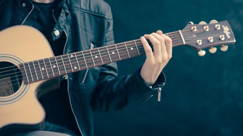 Guitarras que trastean: causas y cómo arreglarlo