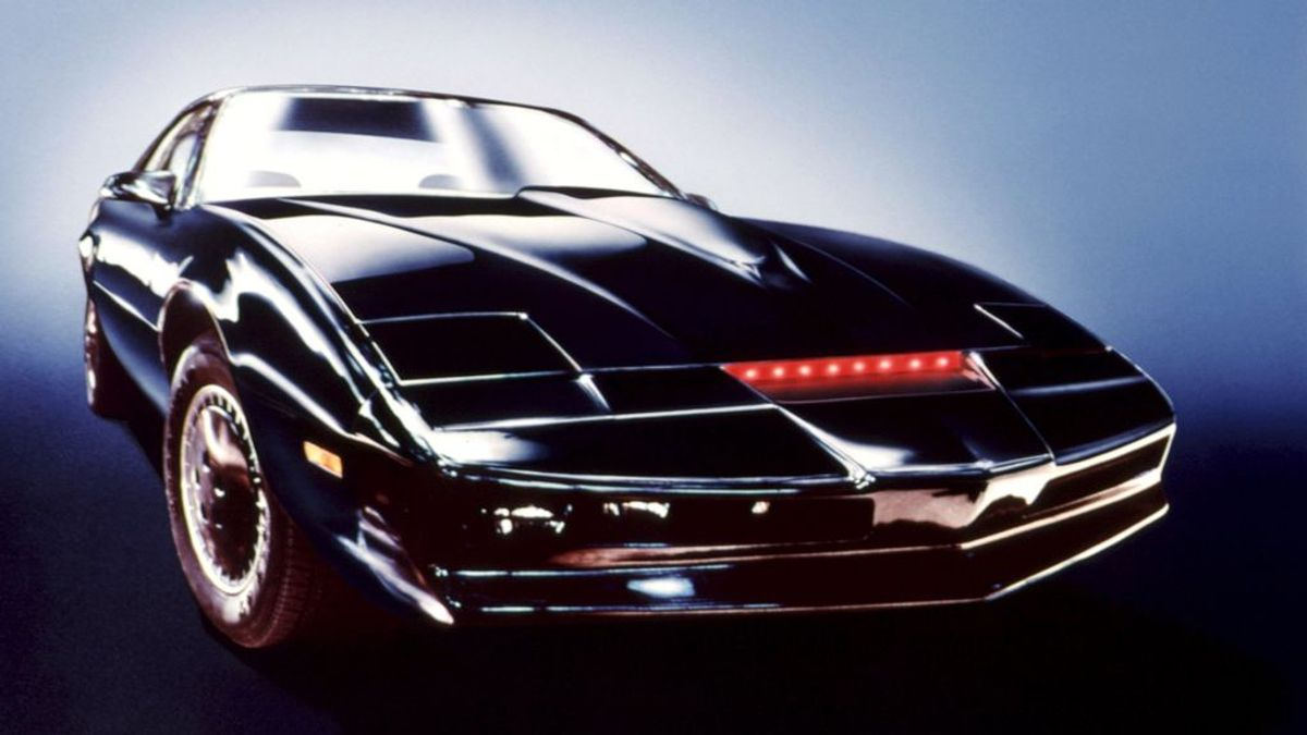 El coche fantástico puede ser suyo: David Hasselhoff subasta todos los recuerdos de su carrera