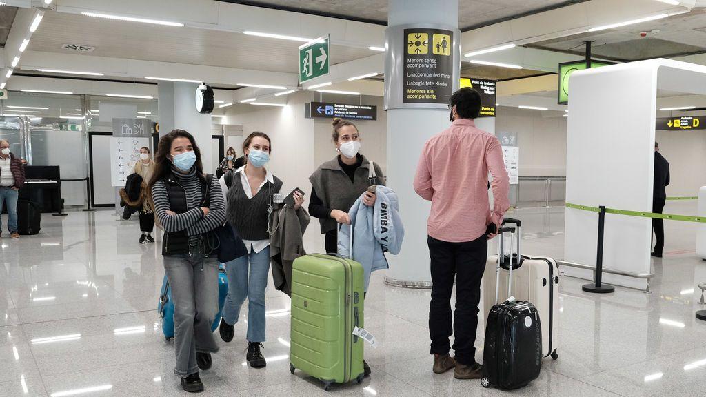 La llegada de turistas internacionales se hunde un 90% en noviembre por los rebrotes