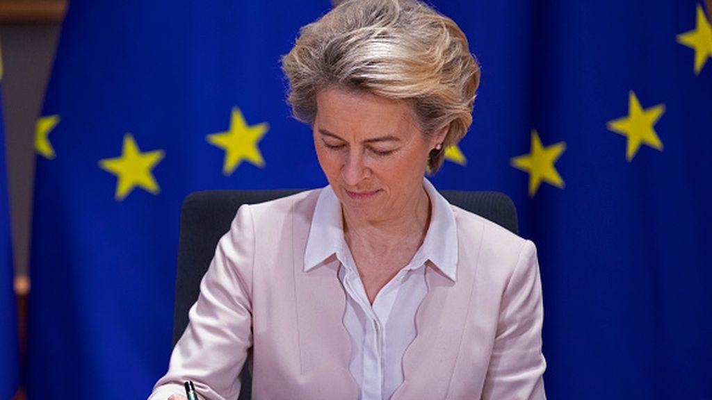 ¿Presionó Francia a la Comisión Europea para que comprara tantas vacunas francesas como alemanas?