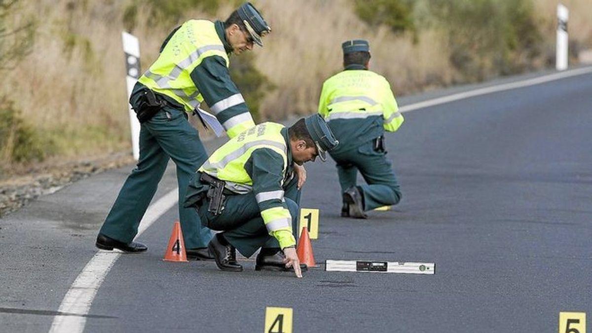 Un joven de 19 años fallece tras chocar su coche contra un árbol en Cuenca