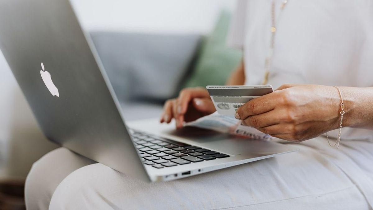 Cómo evitar que te estafen en tus compras online durante las rebajas