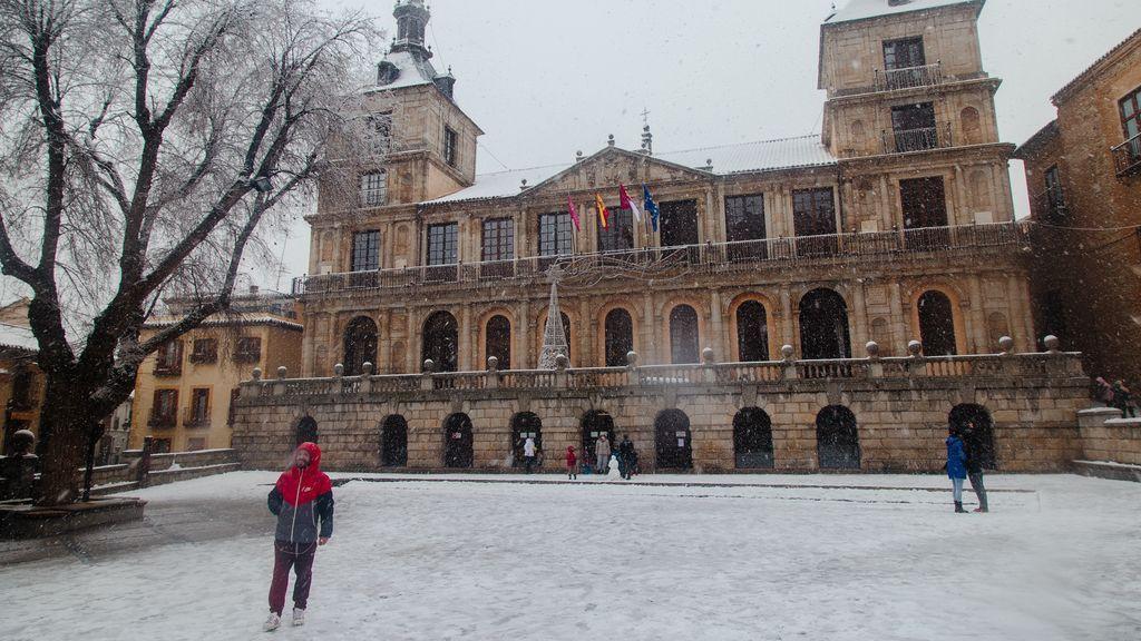 Albacete, Cuenca y Toledo suben a nivel rojo este viernes por nevadas que podrían acumular 20 centímetros