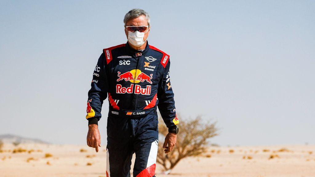 """Carlos Sainz carga duramente contra la organización del Dakar: """"Nunca en mi vida me había perdido dos días"""""""