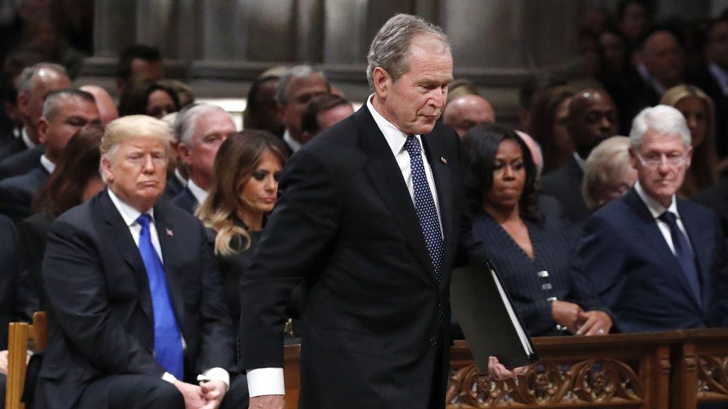 """De """"república bananera"""": Bush, Obama y Clinton condenan el asalto al Capitolio"""