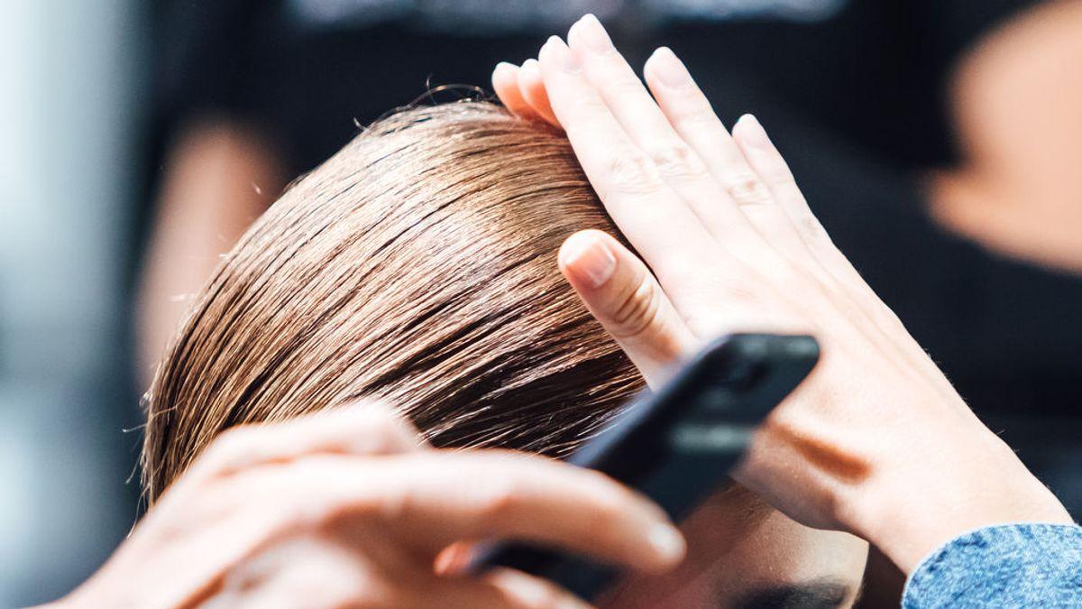 Una niña padece un extraño síndrome en el pelo que le ha impedido peinarse bien durante 9 años