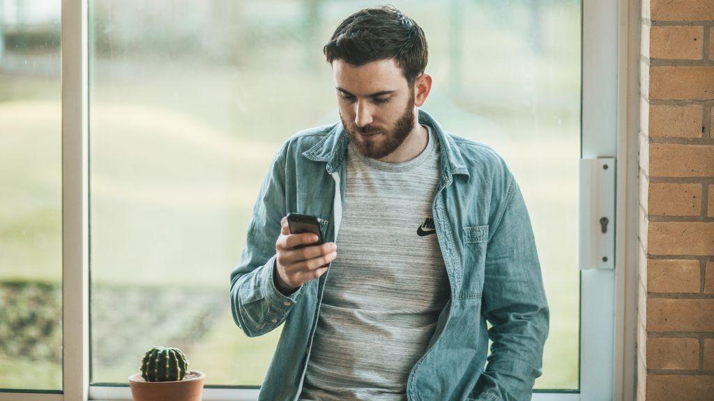 Los usuarios de WhatsApp deberán aceptar que se compartan sus datos con Facebook para seguir usándola