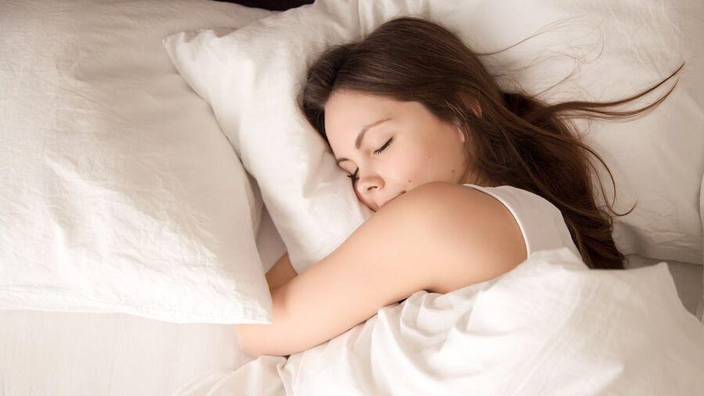mujer-dormir-bien