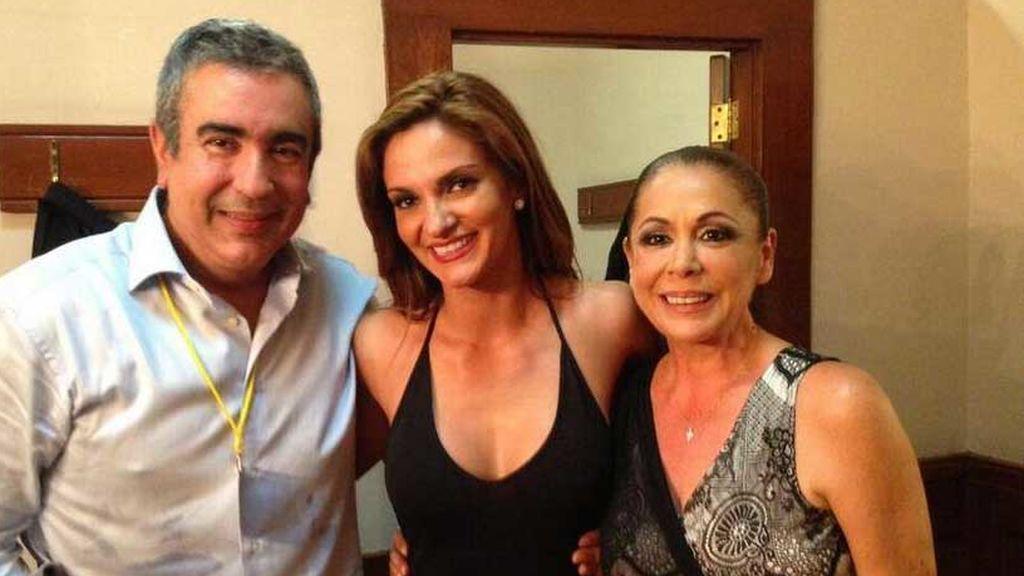 Isabel Pantoja con su hermano, Agustín, y la cantante Mariana Seoane