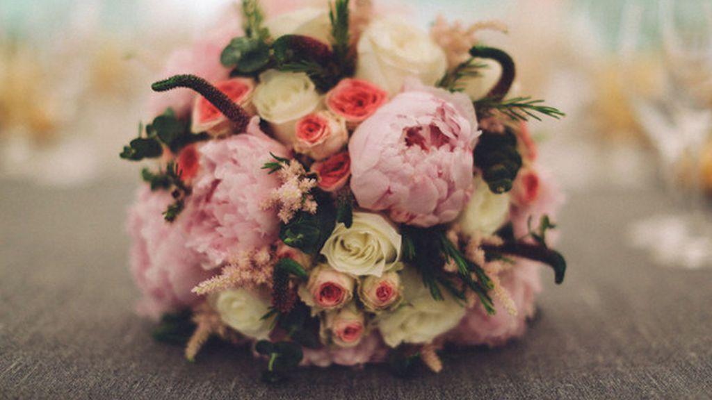 Las peonías serán una flores divertidas y pomposas, perfectas para la ocasión.
