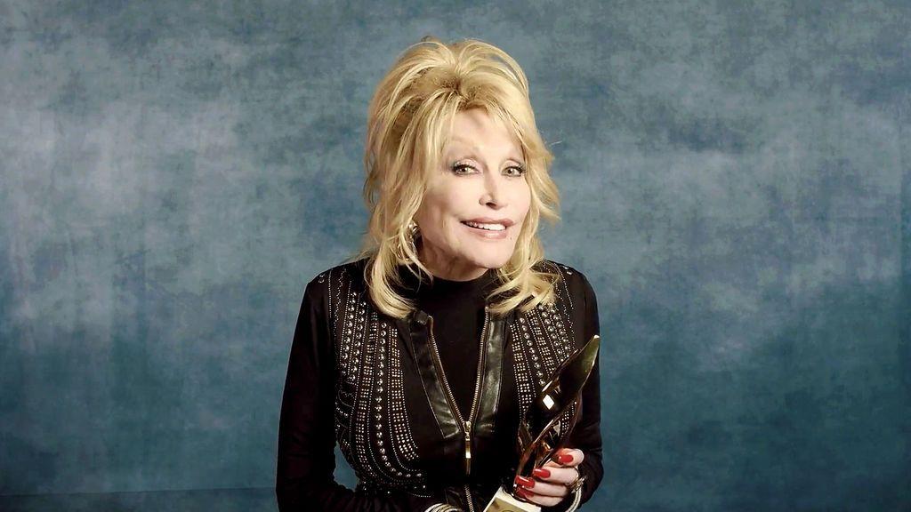 Dolly Parton guarda una canción en una cápsula del tiempo y nadie podrá escucharla hasta 2045