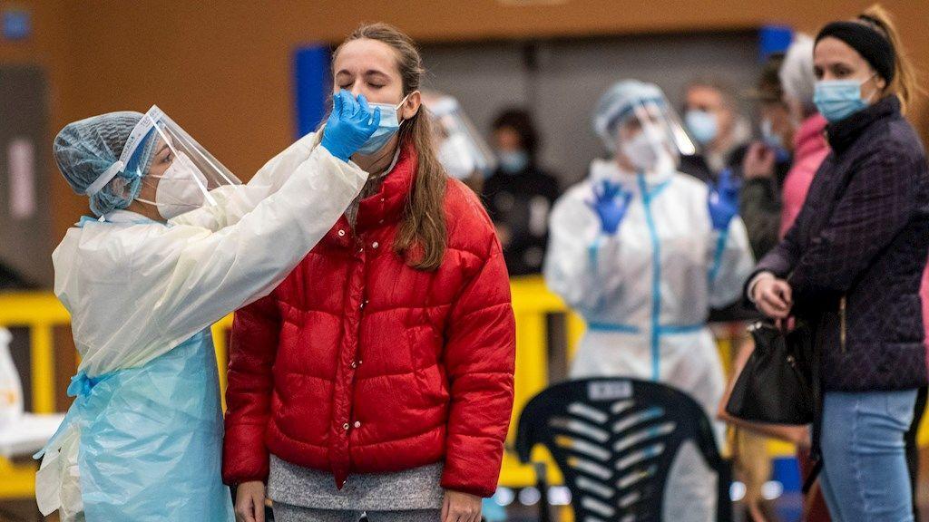 Más de 9.000 jóvenes madrileños se inscriben para realizarse test de antígenos gratuitos