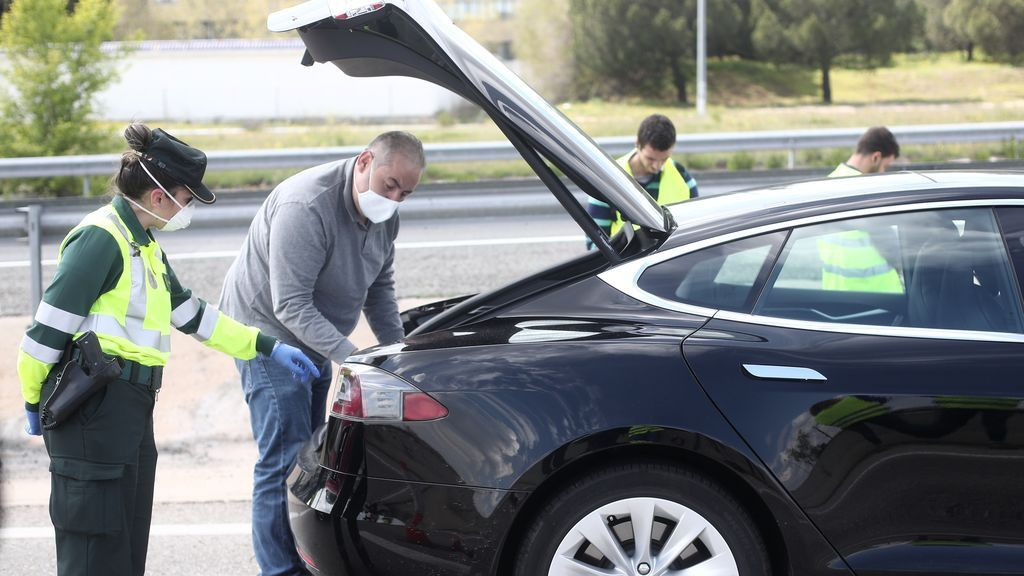 Ojo con llevar el cinturón del coche puesto de cualquier manera: nuevas multas de la DGT