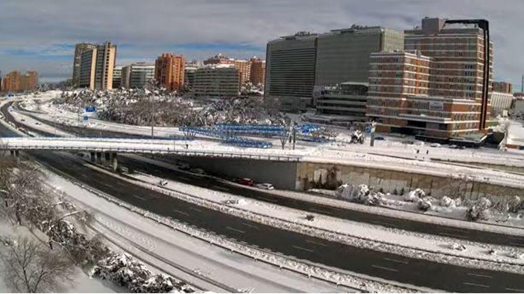 La situación de la carretera M·30 de Madrid tras las labores de limpieza