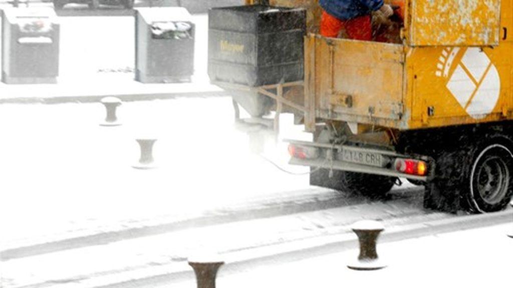 Unas 3.500 toneladas de sal para las calles de Madrid desde la mayor salinera de Torrevieja