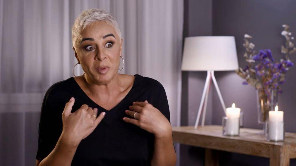 Ana María Aldón registra el neceser de Avilés y se queda 'en shock' al ver un preservativo por primera vez