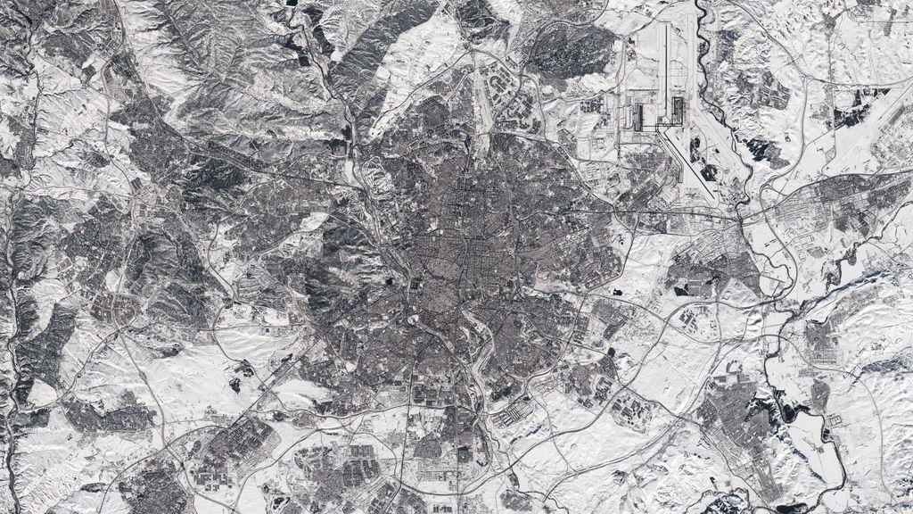 Madrid, a vista de satélite: en blanco y negro por Filomena
