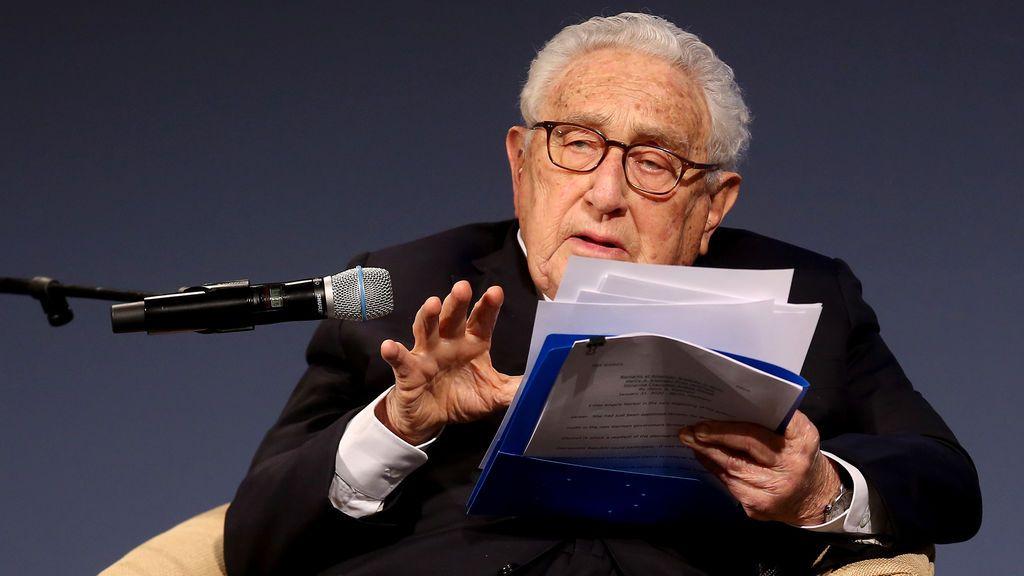 Kissinger defiende el legado de Trump y pide no recuperar el acuerdo nuclear con Irán