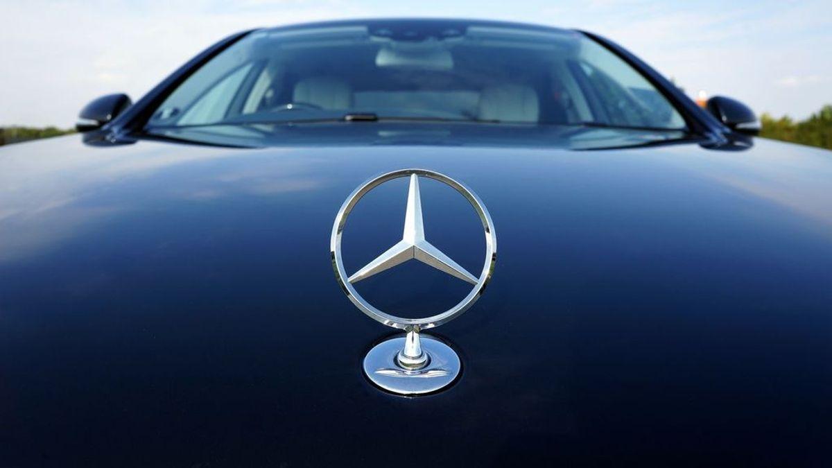 ¿Sabes qué significa el logo de Mercedes? Esta es su evolución desde su creación
