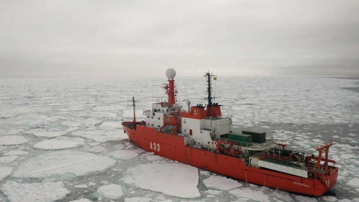 """España cancela el viaje del Hespérides a la Antártida tras 35 positivos """"para no llevar el virus a la zona"""""""