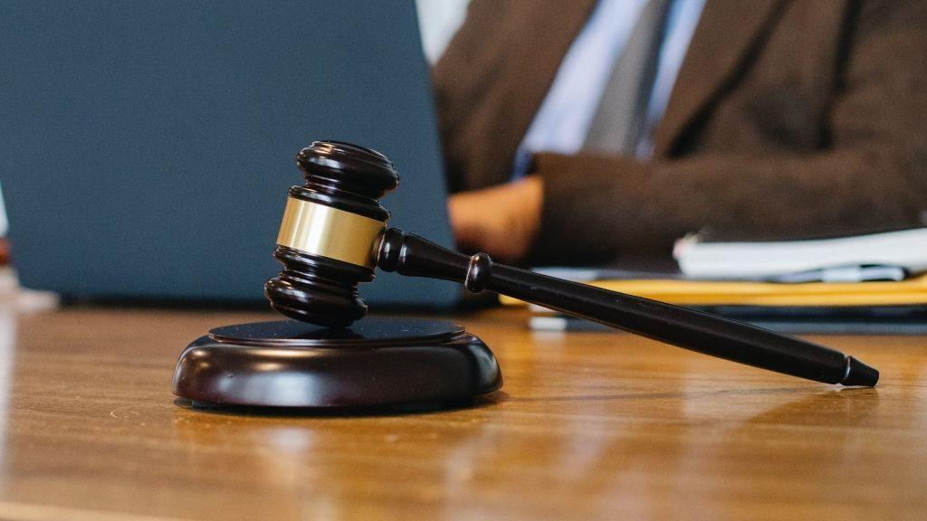 La carrera de Derecho ha sido un descubrimiento para este padre y su hijo
