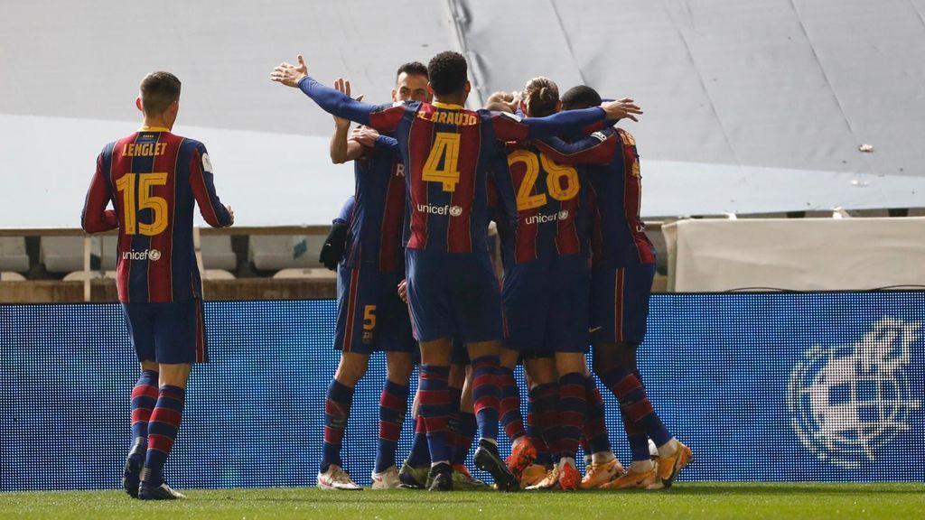 El Barça vence a la Real Sociedad en los penaltis y se mete en la final de la Supercopa (2-3)