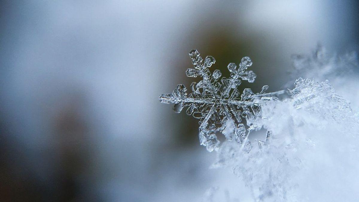 Cómo es la estructura de un copo de nieve